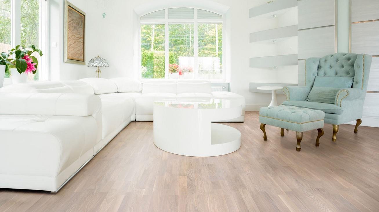 Living spatios și luminos - cum alegi cel mai bun parchet de lemn pentru living
