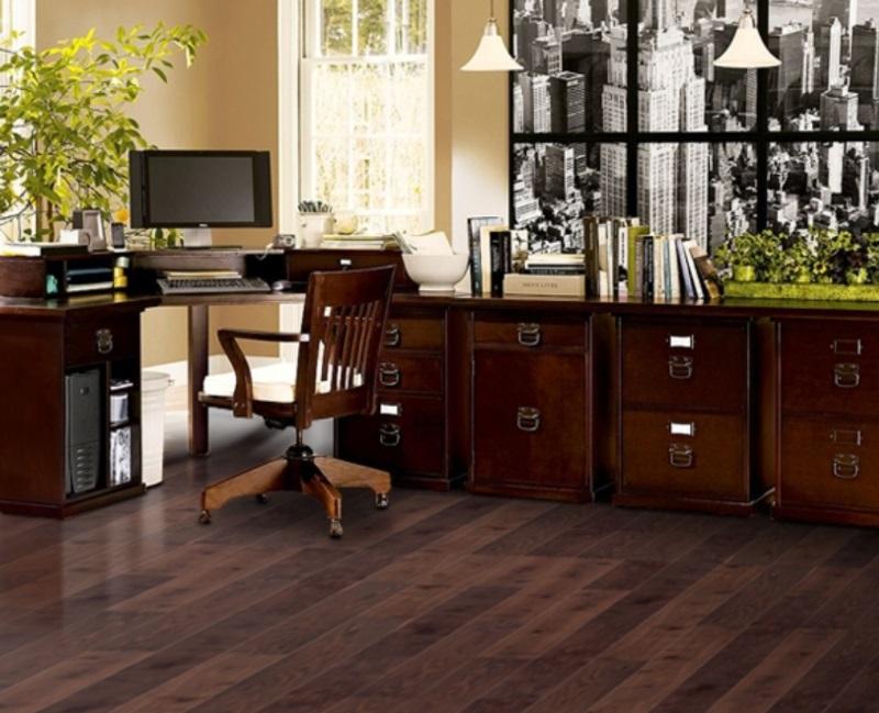 Idei de amenajare și decorare a biroului de acasă: biroul și scaunul sunt foarte importante pentru un confort corespunzător