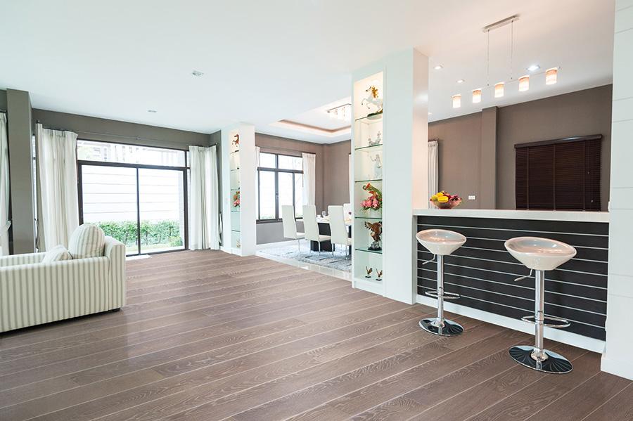 Open space și un stil modern, luminos și spațios - pot transforma o casă banală într-una cu personalitate