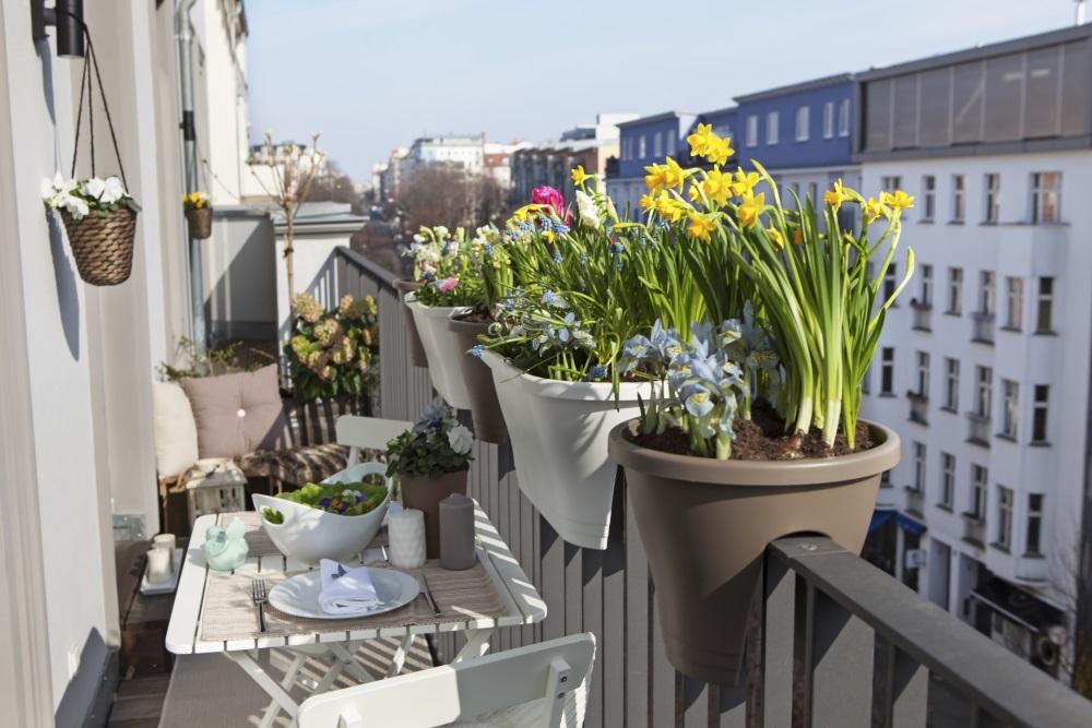 Idei de amenajare a unui balcon deschis - trucuri si pardoseală pentru exterior