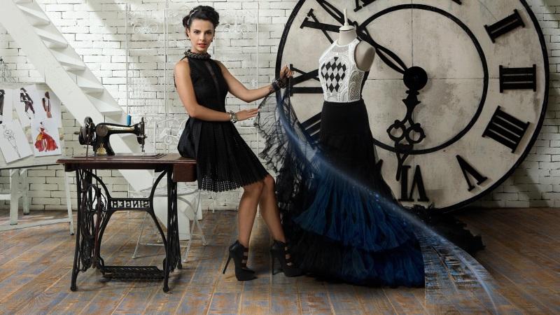 Designer de moda în cameră parchet in lemn și cu decor shabby chic