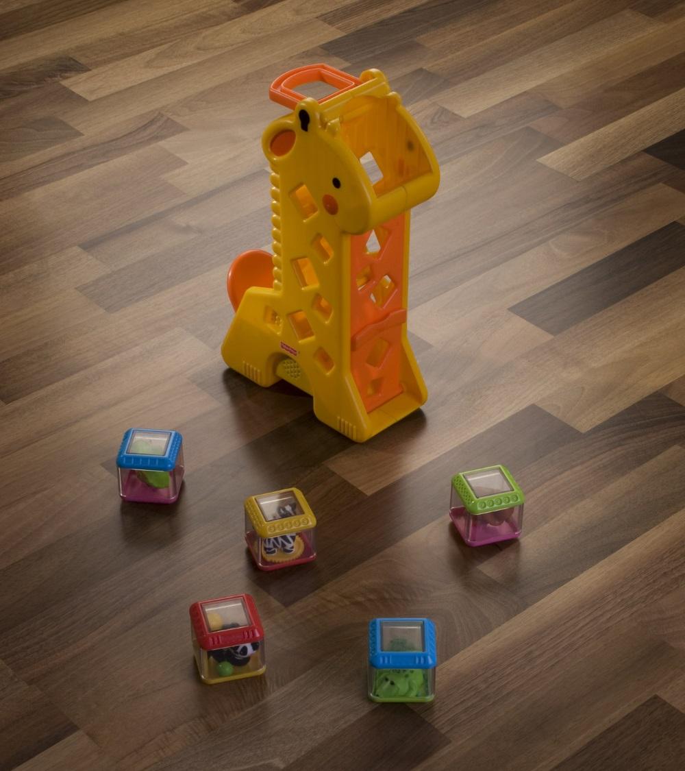 Parchet de nuc cu jucării